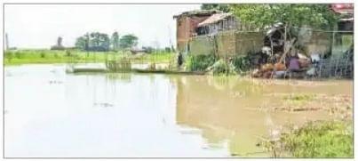 Bihar Flood : कमला बलान उफनाई, दरभंगा जिले के आधा दर्जन पंचायतों का मुख्यालय से संपर्क भंग