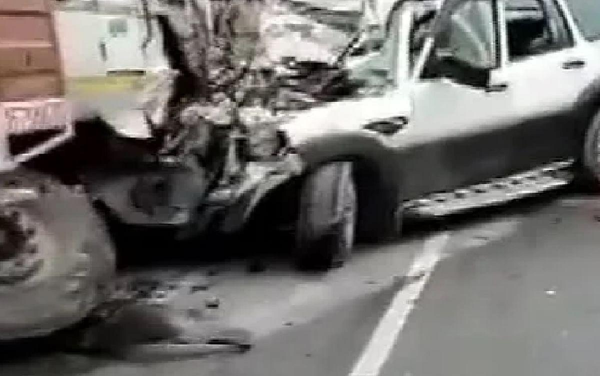 Road Accident In Gujarat :  सड़क दुर्घटना में एक ही परिवार के 10 लोगों की मौत