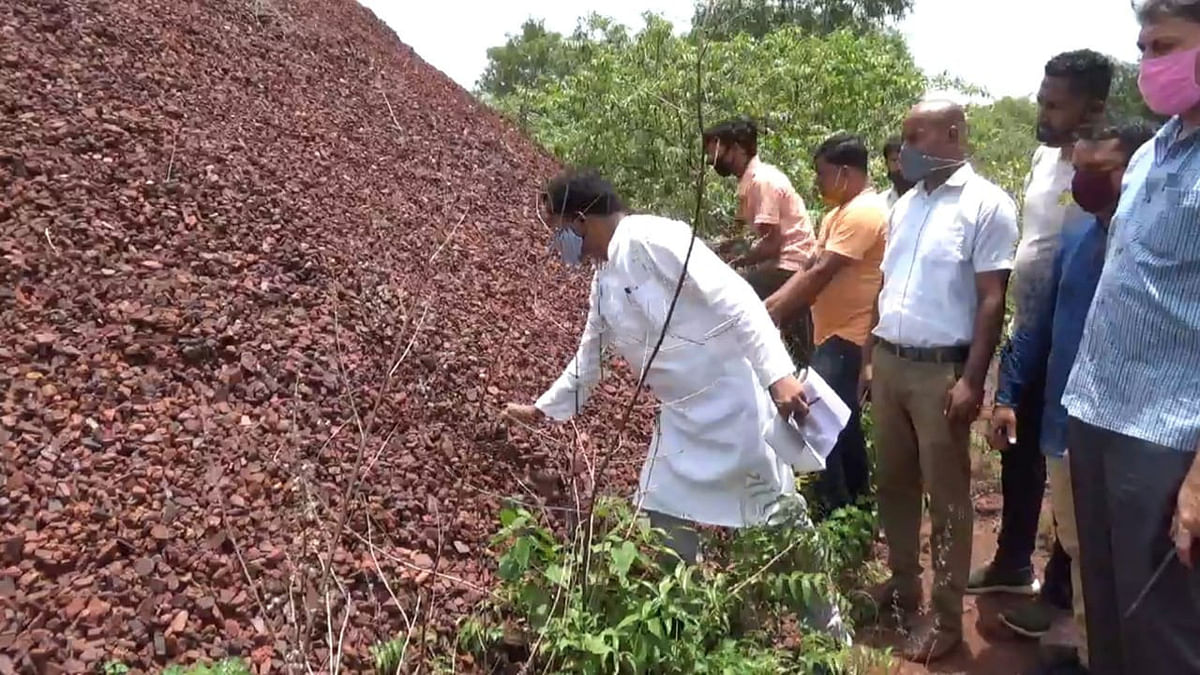 झारखंड के पूर्व सीएम मधु कोड़ा ने खदान से गलत तरीके से लौह अयस्क उठाव पर जतायी नाराजगी, मिली कई खामियां
