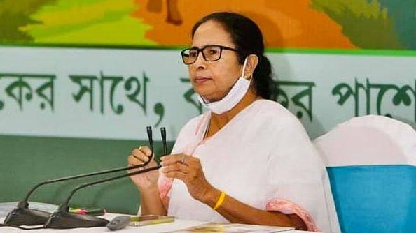 पीएम मोदी के मुरीद हुए जम्मू-कश्मीर के नेता, ममता ने अनुच्छेद 370 हटाने पर उठाये सवाल
