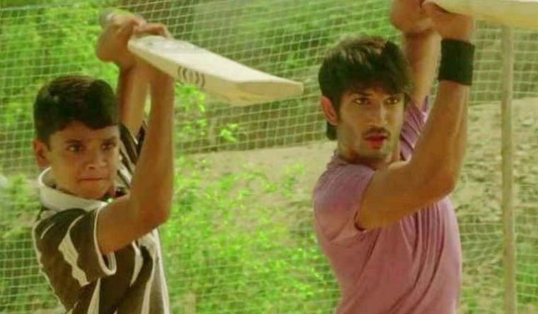 Sushant Singh Rajput से सीखा क्रिकेट का गुर ? अब बल्लेबाजों को कर रहा परेशान