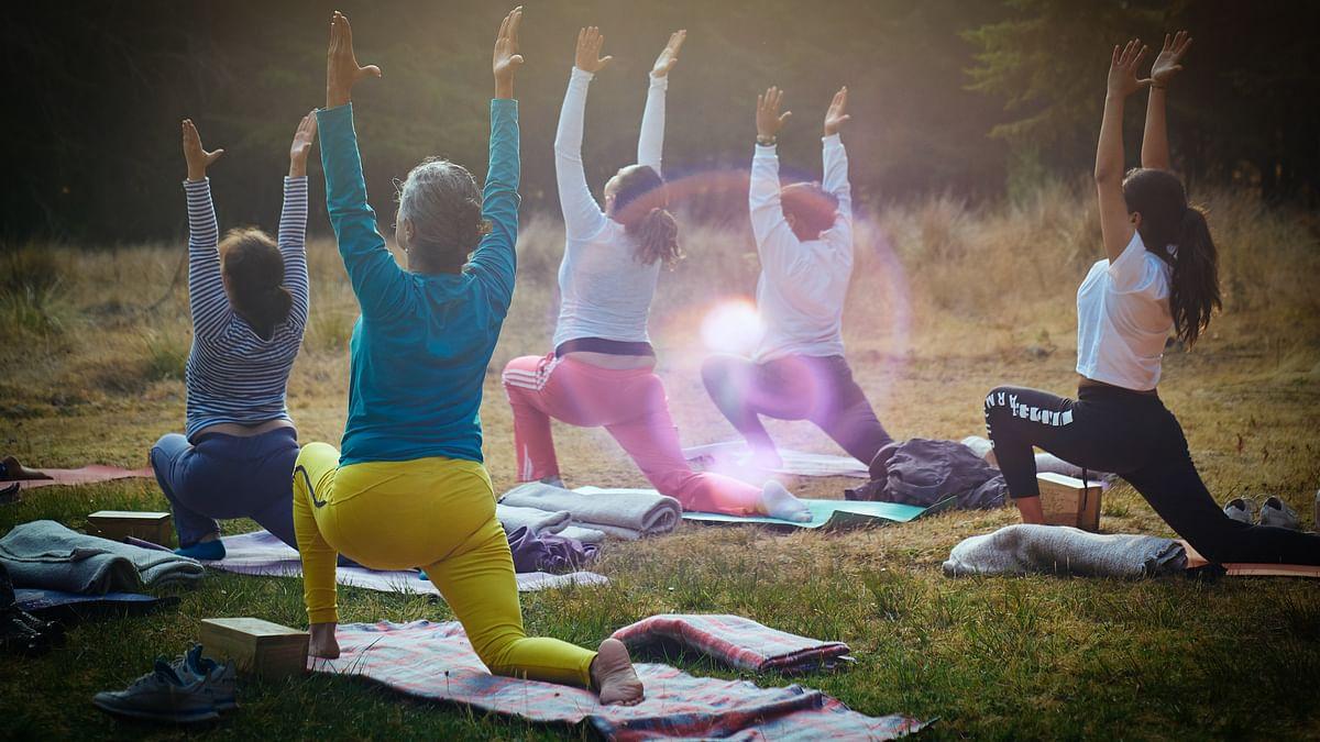 International Yoga Day 2021: किन रोगियों को कौन से योगाभ्यास नहीं करने चाहिए, जानें योग से पहले और बाद का डाइट, सही समय व तरीका