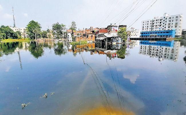 5400 मजदूर लगे, 3 करोड़ खर्च कर मशीन की खरीद, फिर भी बरसात में जलजमाव से डूबेंगे मुजफ्फरपुर के कई मोहल्ले