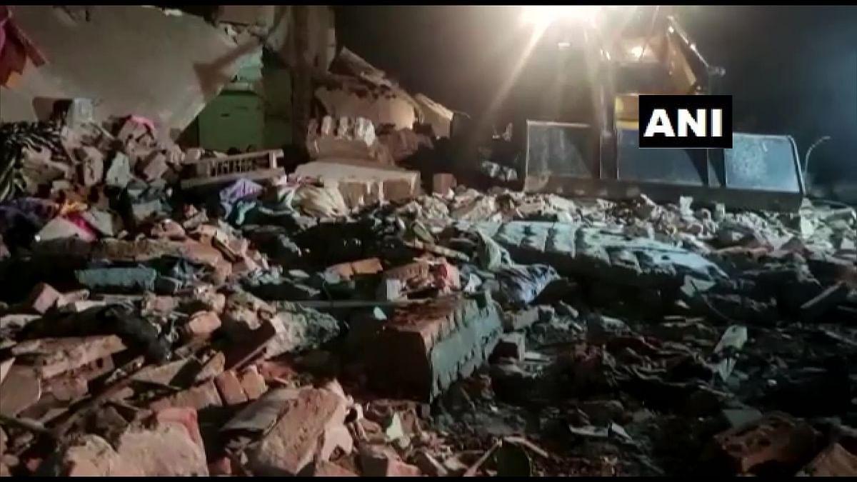 UP News: सिलेंडर ब्लास्ट में 8 लोगों की मौत, मरने वालों में बच्चे भी शामिल, सीएम योगी ने जताया दुख, उच्चस्तरीय जांच का दिया आदेश