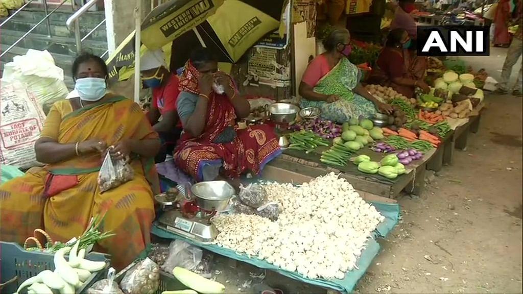 Coronavirus in India Update: राजस्थान सरकार ने पाबंदियों में दी ढील, लेकिन वीकेंड कर्फ्यू जारी रहेगा