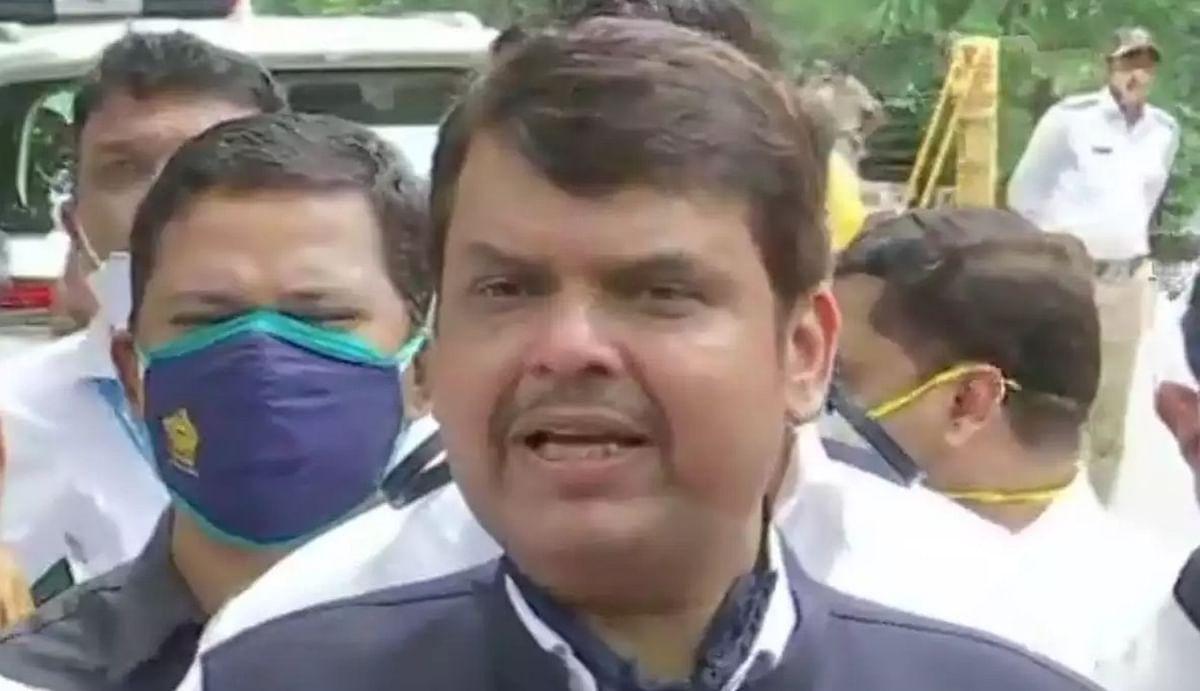मराठा आरक्षण को लेकर महाराष्ट्र में भाजपा का प्रदर्शन, नागपुर में पूर्व मुख्यमंत्री देवेंद्र फडणवीस पुलिस हिरासत में
