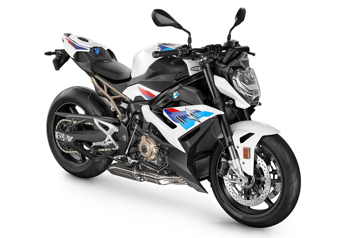 BMW S 1000 R: भारतीय सड़कों पर धूम मचाने आयी नयी बाइक, 3.2 सेकंड में पकड़ लेगी 100 किमी की रफ्तार