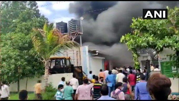 पुणे के कैमिकल फैक्टरी में लगी आग, 18 शव बरामद, प्रधानमंत्री ने की दो-दो लाख रुपये मुआवजे की घोषणा