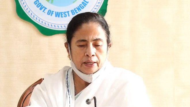ममता बनर्जी की मुश्किलें बढ़ेंगी, बंगाल हिंसा पर मानवाधिकार आयोग ने हाइकोर्ट में सौंपी रिपोर्ट