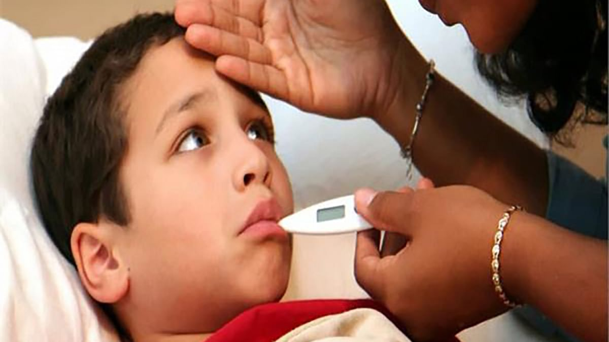 Monsoon Health Tips: मानसून में बीमार पड़ता है आपका बच्चा, इम्युनिटी हो सकती है कमजोर, जानें बारिश के मौसम में कैसे रखें उन्हें स्वस्थ