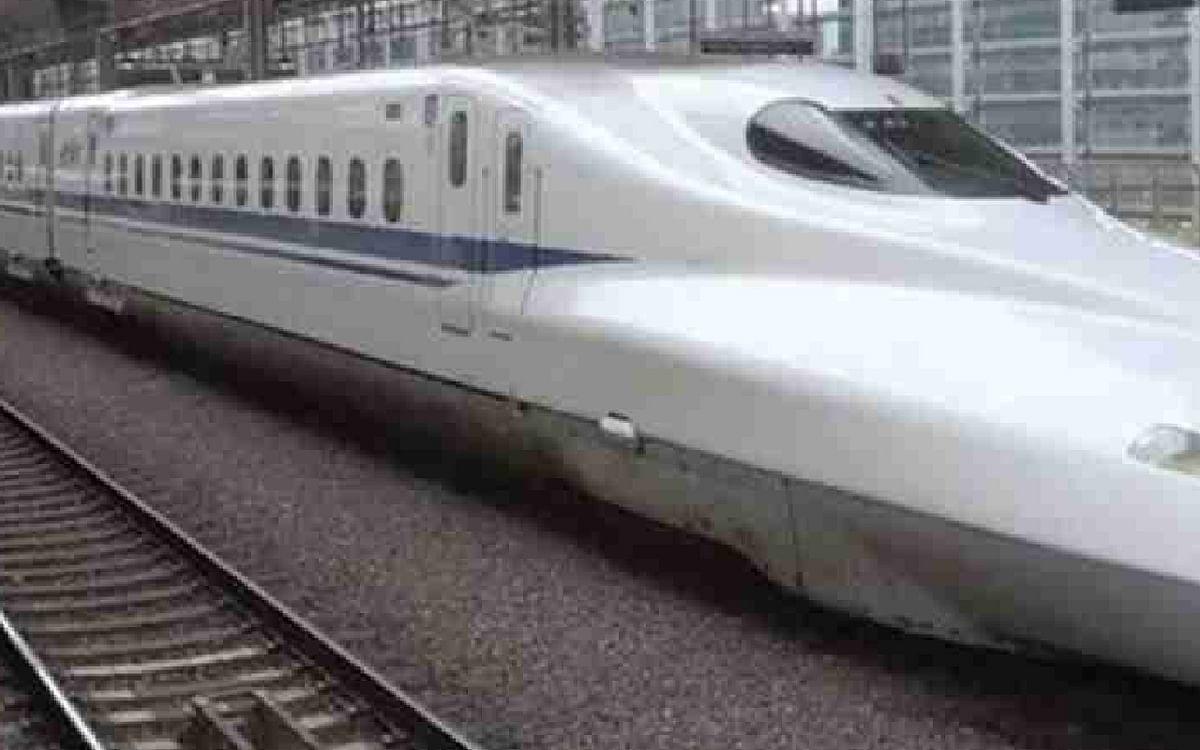भारतीय सीमा के बेहद करीब चीन ने शुरू की बुलेट ट्रेन, पढ़ें क्या पड़ेगा असर