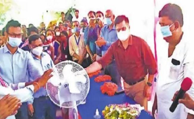 बिहार में कोरोना वैक्सीन लगवाने पर निकल रही लॉटरी, लोग जीत रहे साइकिल, पंखे और घड़ी जैसे पुरस्कार