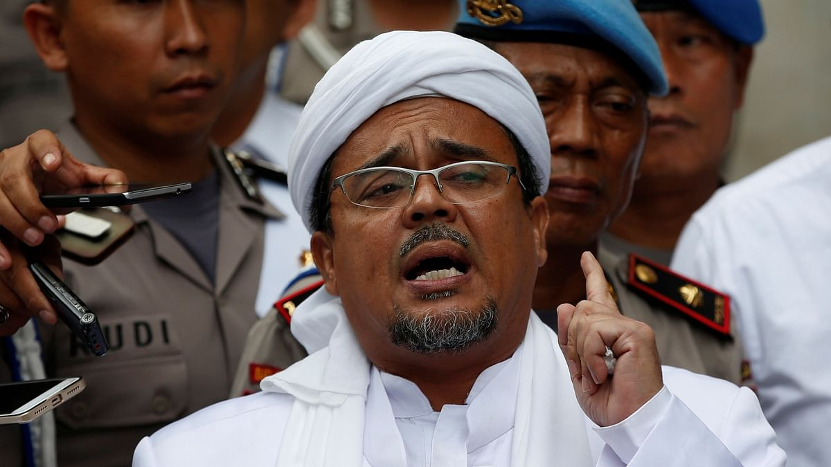 Indonesia Corona Rules : कोरोना संक्रमित होने की जानकारी छुपायी तो हो गयी चार साल की सजा