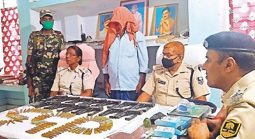 Bihar News: बिहार में महिला तस्कर के जरिये हथियारों की तस्करी, पटना STF की टीम ने मुंगेर में 3 को दबोचा