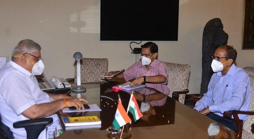 मुख्य सचिव से गवर्नर की मुलाकात, हिंसा रोकने की नसीहत, राष्ट्रपति से मिलेंगे BJP के 18 सांसद