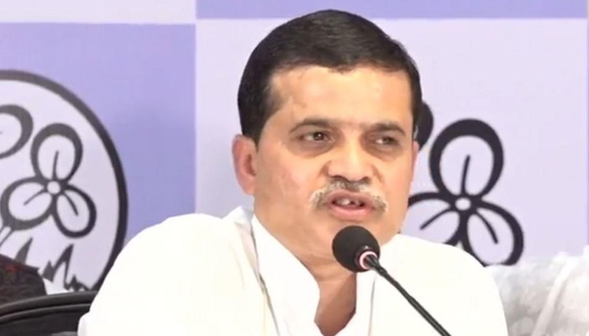 अलीपुरदुआर के जिला अध्यक्ष गंगा प्रसाद समेत 8 भाजपा नेता तृणमूल कांग्रेस में शामिल, मुकुल बोले- भाजपा के अंत की शुरुआत
