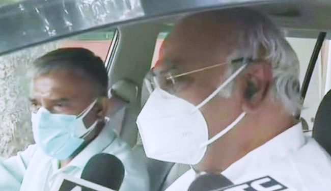 जितिन के BJP में जाने पर मल्लिकार्जुन खडगे बोले- ''जानेवाले जाते हैं, उन्हें रोक नहीं सकते'', कहा- पंजाब गुटबाजी पर रिपोर्ट 3-4 दिनों में