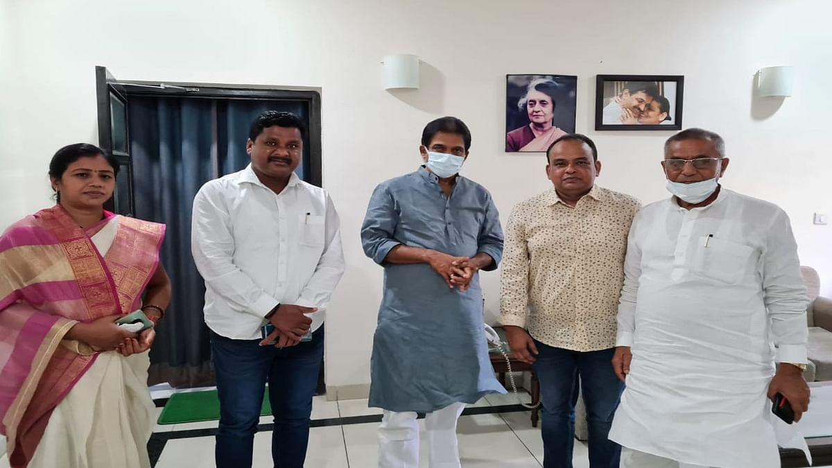दिल्ली दौरे पर झारखंड कांग्रेस के 5 विधायक, प्रदेश प्रभारी आरपीएन सिंह के बाद पार्टी महासचिव केसी वेणुगोपाल से मिले, राजनीतिक गलियारों में चर्चा तेज