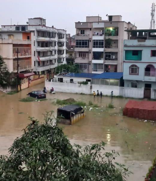Jharkhand Weather News : झमाझम बारिश से सुहाना हुआ मौसम, रांची नगर निगम के सफाई महाअभियान की खुली पोल, शहर की हालत नारकीय