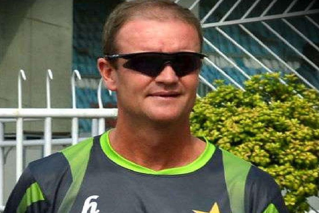 IND vs SL : भारत के खिलाफ सीरीज से पहले श्रीलंका को एक और झटका, बल्लेबाजी कोच कोरोना पॉजिटिव
