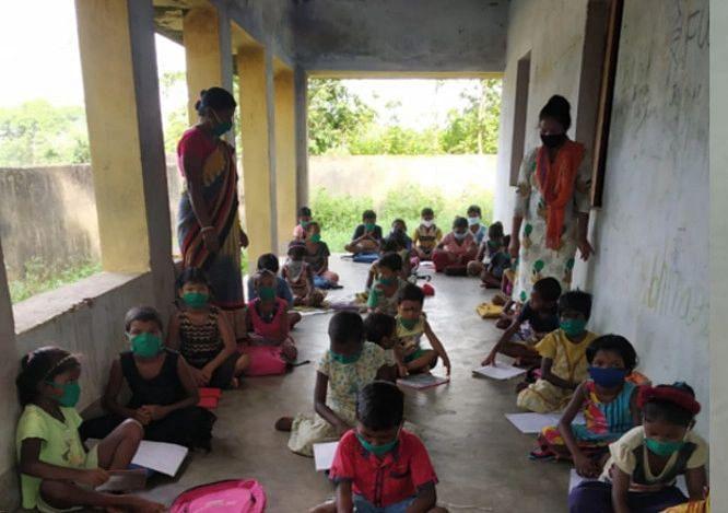 झारखंड में शुरू होगी मोहल्ला क्लास, कोरोना काल में बच्चों को पढ़ायेंगे स्थानीय युवक व रिटायर्ड टीचर्स