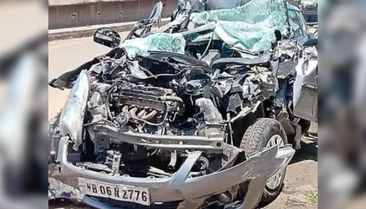 गलसी में भीषण सड़क हादसा, कार के परखच्चे उड़े, कोलकाता के दंपती की मौत