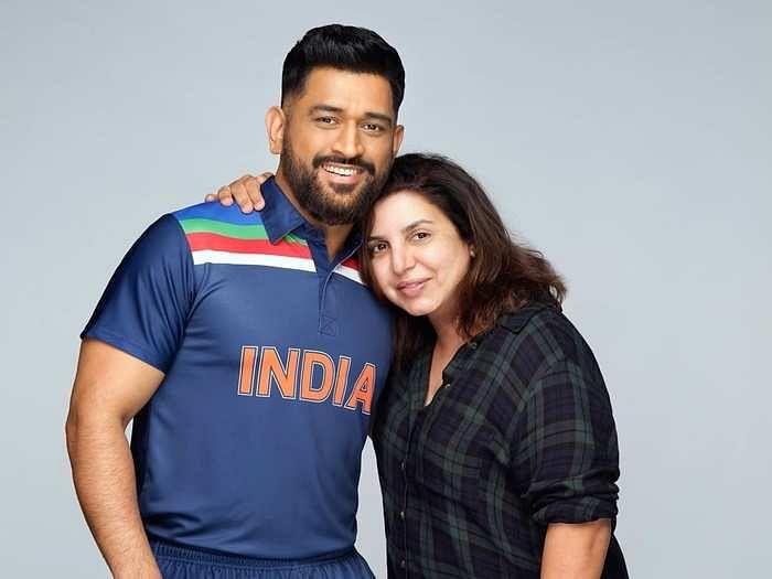 टीम इंडिया के ब्लू जर्सी में फिर दिखे Dhoni, सोशल मीडिया पर एक आया भूचाल, रणवीर सिंह भी हुए माही के दिवाने