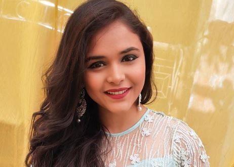 Anupama की पाखी ने शार्ट ड्रेस में दिखाया जलवा, श्रद्धा कपूर की इस फिल्म में कर चुकी हैं काम