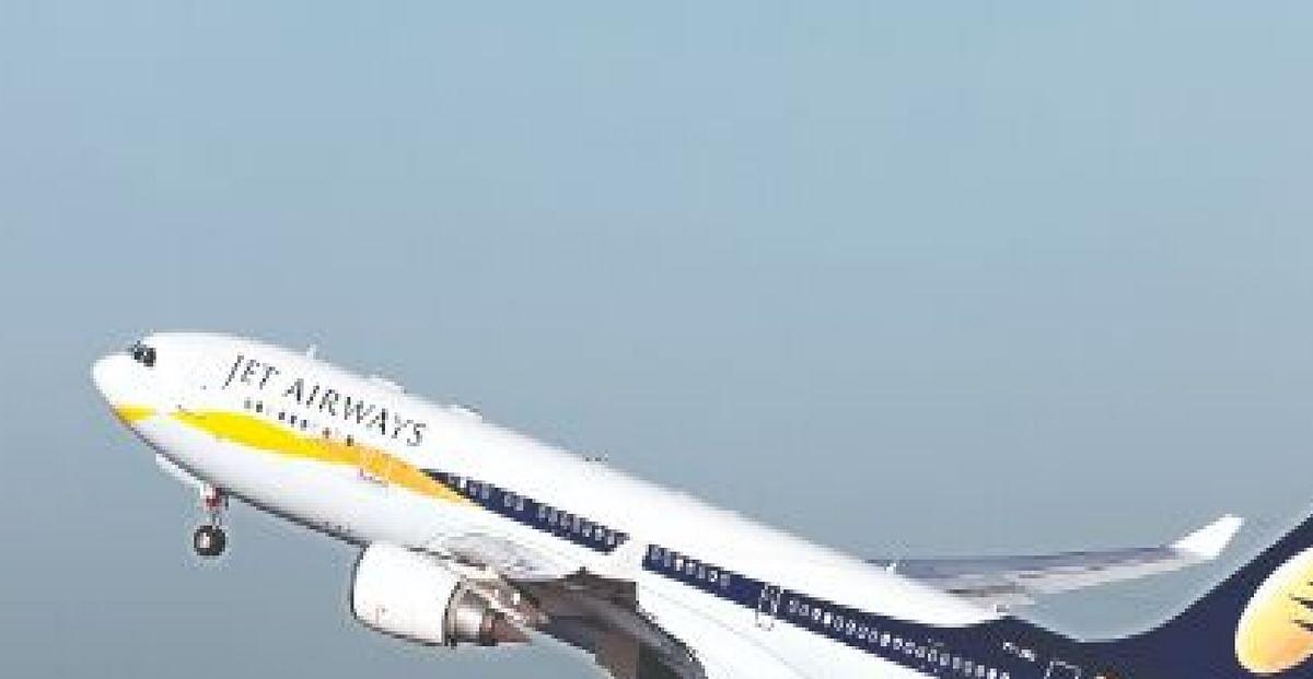 जेट एयरवेज के कर्मचारियों का बकाया है 85 लाख तक, कंपनी दे रही है 23 हजार रुपये