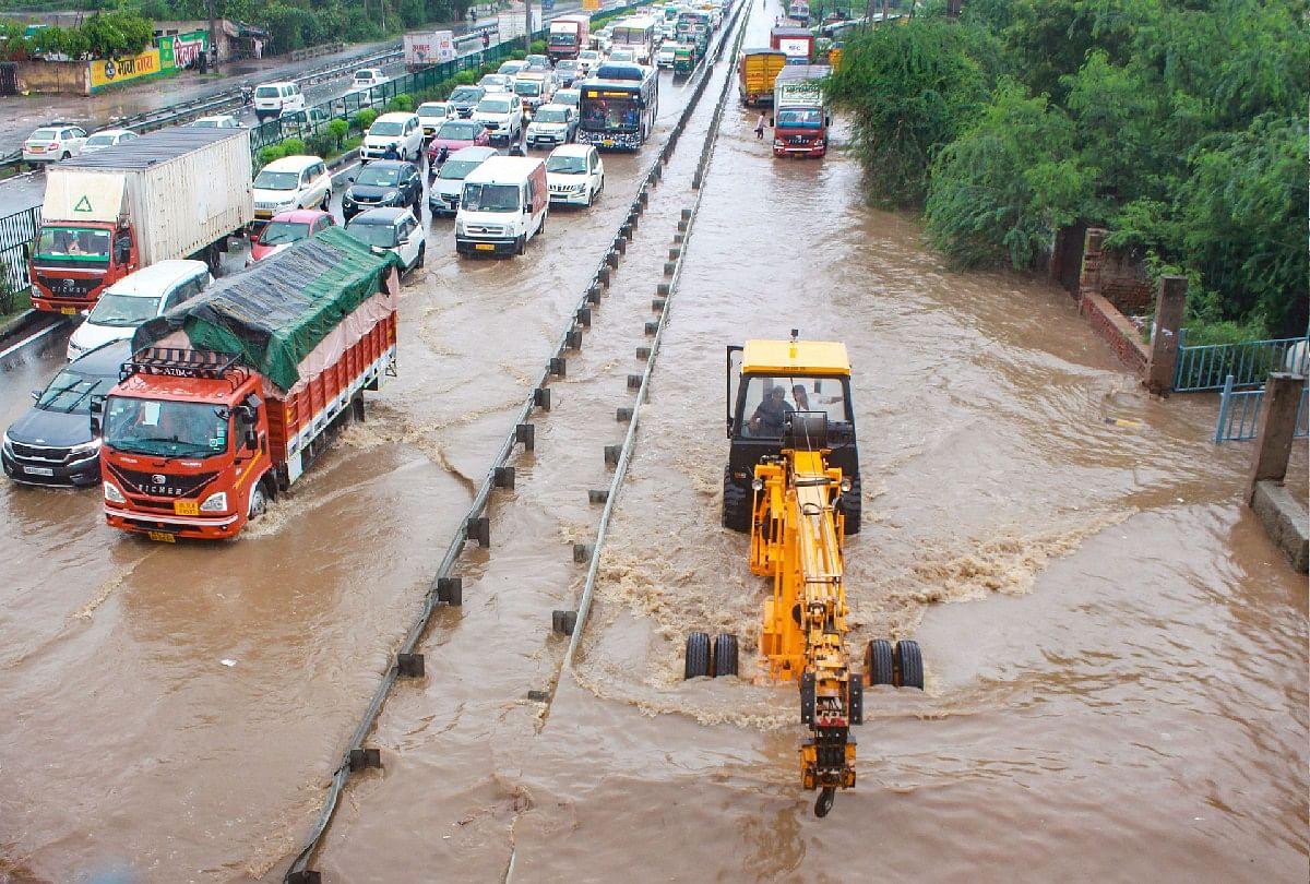 Weather Forecast: यूपी, बिहार, झारखंड, दिल्ली में आज होगी भारी बारिश, जानें बाकी राज्यों का हाल