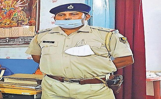 Bihar News: गिरफ्तार शराब तस्कर का पिस्टल थानेदार ने किया गायब, एसपी ने किया सस्पेंड, FIR दर्ज