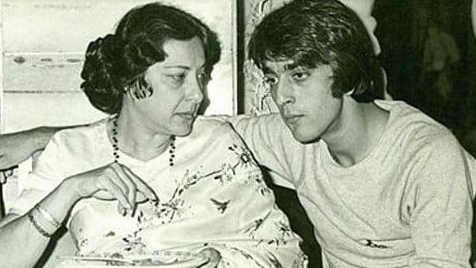 Happy Birthday Sanjay Dutt : जब मां नरगिस की आखिरी मैसेज को सुनकर घंटों रोए थे संजय दत्त