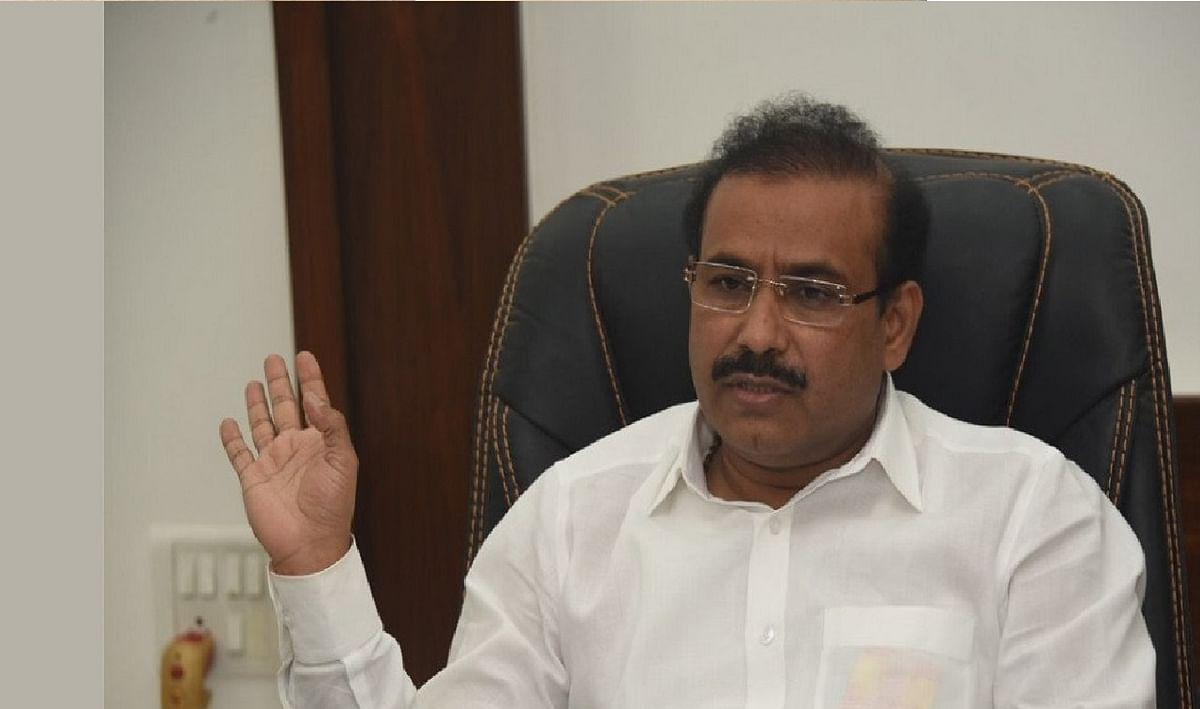 महाराष्ट्र में आज खत्म हो जायेगी वैक्सीन की खेप, स्वास्थ्य मंत्री ने कहा, हमें तीन करोड़ खुराक की जरूरत