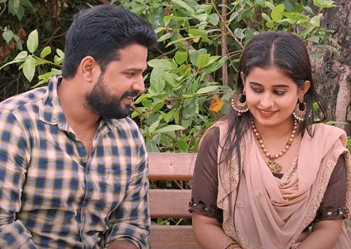 Ritesh Pandey Song: 'हैलो कौन' फेम रितेश पांडे का नया गाना 'नजर के बान' रिलीज, यहां देखिए रोमांटिक Video
