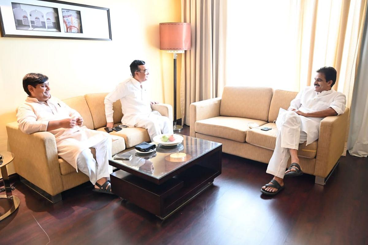 सचिन पायलट और अशोक गहलोत के बीच सुलह के प्रयास तेज, आलाकमान ने CM को सुनाया कैबिनेट विस्तार का 'फॉर्मूला'