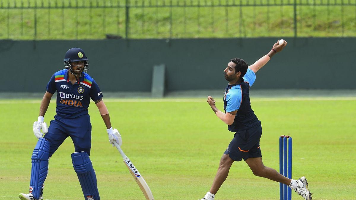 India Tour of Sri Lanka: कोच राहुल द्रविड़ के सामने भिड़े भारतीय खिलाड़ी, धवन एंड कंपनी और भुवी की टीम के बीच हुई जोरदार जंग