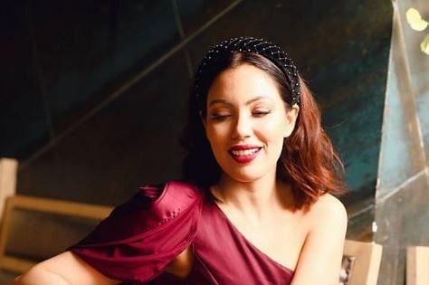 Taarak Mehta Ka Ooltah Chashmah : 'बबीता जी' को ऑफ शोल्डर ड्रेस में देखकर फैंस हुए बेताब, बोले जेठालाल की...