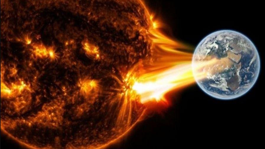 Sun Storm: आज भी सौर्य तूफान का धरती से टकराने का बना है खतरा, GPS, सैटेलाइट TV, मोबाइल नेटवर्क हो सकता है ठप