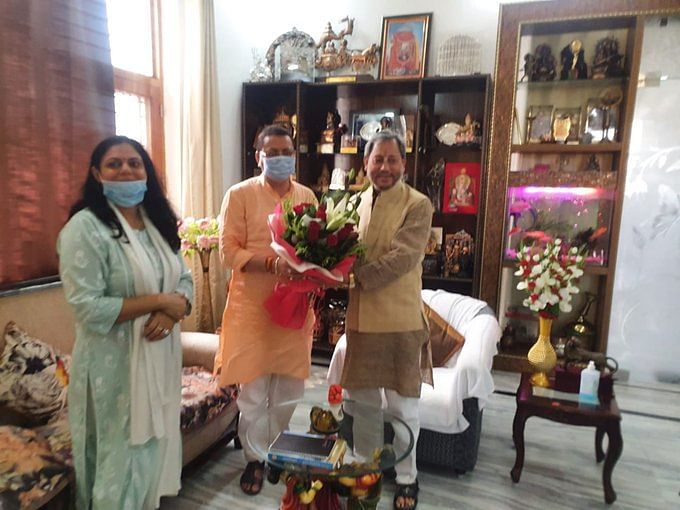 Pushkar Singh Dhami : 35 विधायक देंगे भाजपा से इस्तीफा ? उत्तराखंड में पुष्कर सिंह की ताजपोशी पर मचा हंगामा, सतपाल महाराज दिल्ली में
