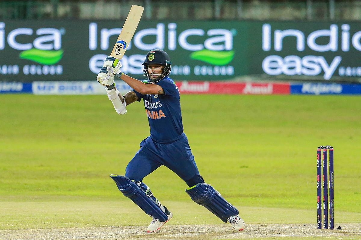 SL vs IND 3rd T20 Live : श्रीलंकाई गेंदबाजी के सामने भरभरा गयी टीम इंडिया, टॉप 5 बल्लेबाज आउट, IND 42/5 (11.2)