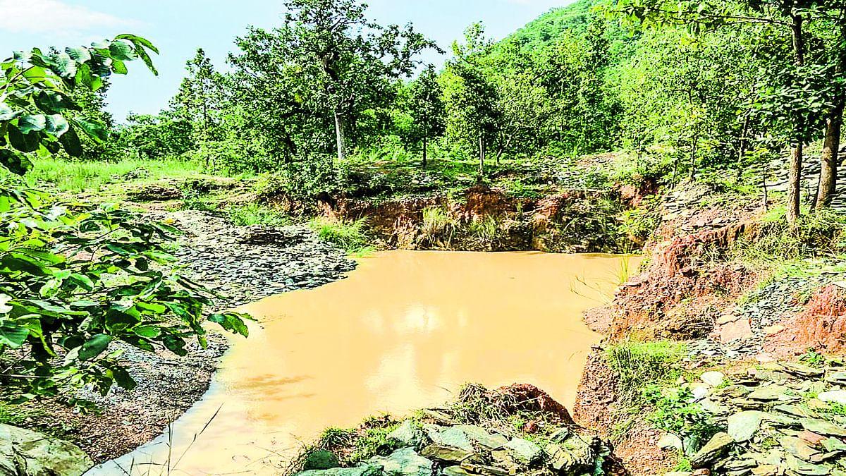 Jharkhand News : पूर्वी सिंहभूम के गुड़ाबांदा प्रखंड स्थित बारुनमुठी और थुरुकूगोड़ा में बेशकीमती रत्न 'पन्ना' का है भंडार.