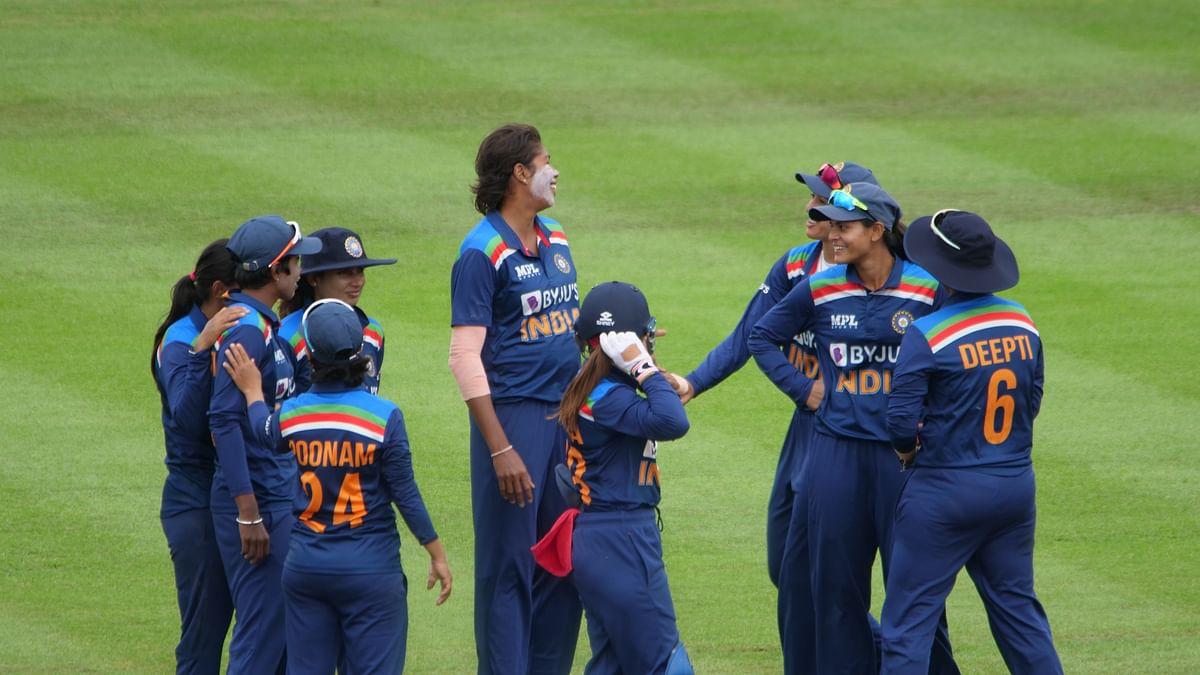 IND vs AUS W: नो बॉल पर मैच हारने के बाद कप्तान मिताली हुई नाराज, तो स्मृति मंधाना ने दिया बड़ा बयान
