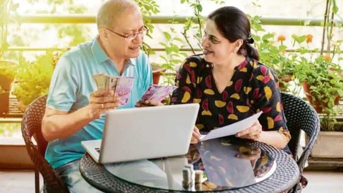 LIC Pension Plan: अब 60 नहीं, 40 की उम्र से ही ले सकते है पेंशन का लाभ, जानें Saral Pension Plan के बारे में