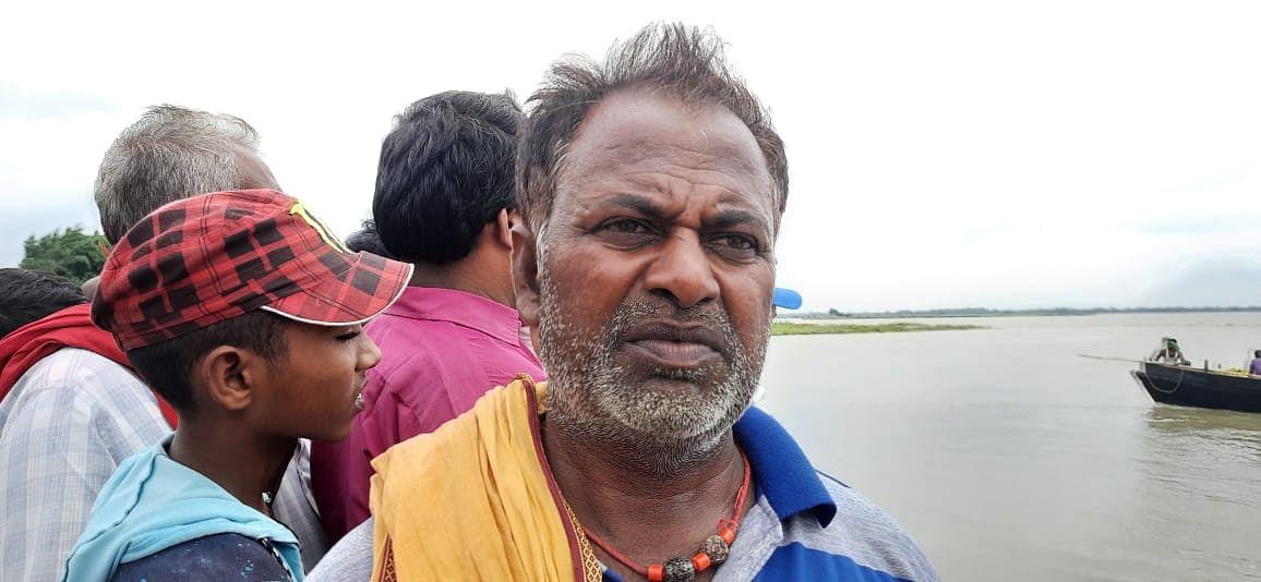 बिहार: भागलपुर के नवगछिया में बड़ा नाव हादसा, चार लोग डूबे, तलाश जारी