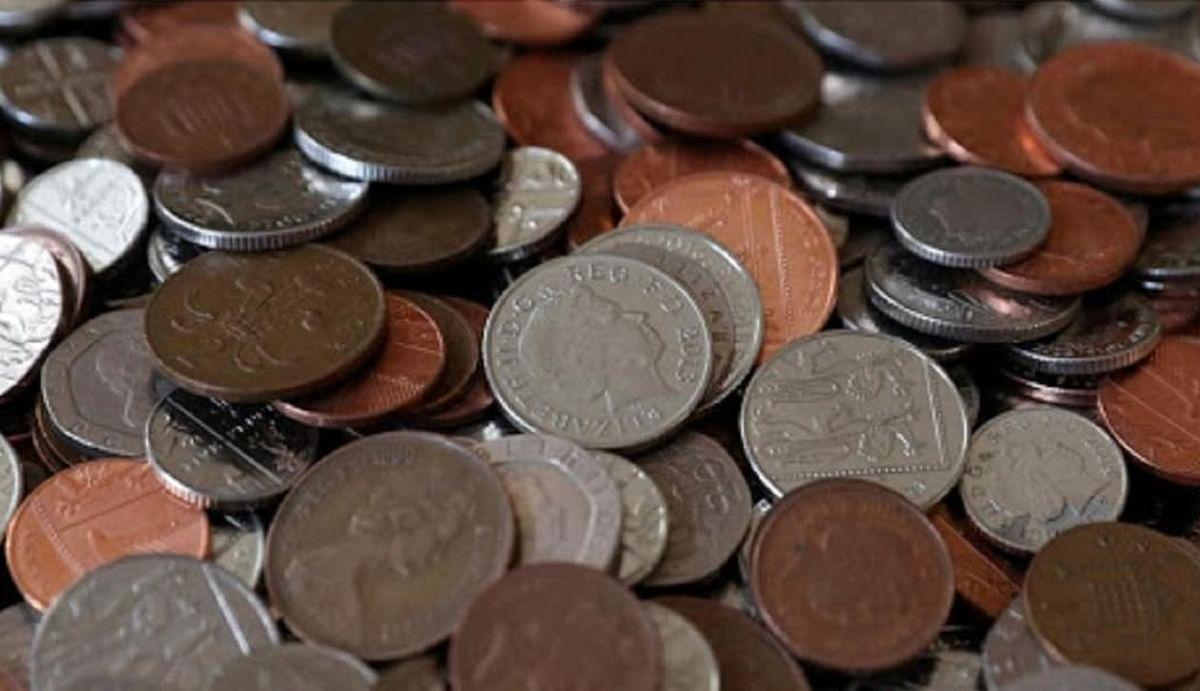 Antique coins news: 1 रुपये का ये सिक्का 1 मिनट में आपको दिला सकता है 9 लाख, जानिए क्या है पैसा कमाने का तरीका