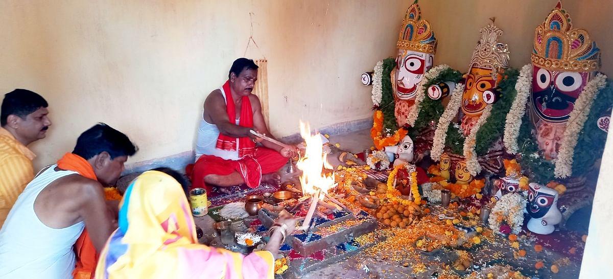 हरिभंजा के प्रभु जगन्नाथ, बलभद्र, देवी सुभद्रा व सुदर्शन के नव यौवन रूप के दर्शन