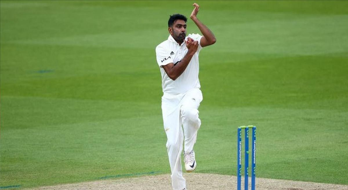 SOM vs SUR : इंग्लैंड के खिलाफ सीरीज से पहले अश्विन ने बरपाया कहर, 27 रन देकर चटकाये 6 विकेट