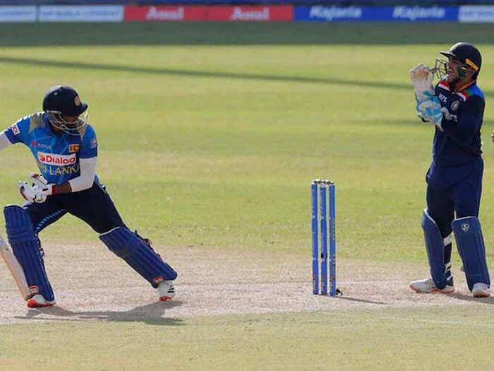 IND vs SL: बिजली की तेजी से ईशान किशन ने बल्लेबाज को किया स्टंप, फैन्स बोले- अरे ये तो धौनी की तरह...