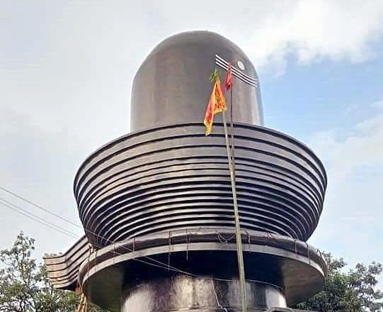 हरिहर धाम मंदिर में भी शिव को जलाभिषेक नहीं कर पा रहे श्रद्धालु, सावन में घरों में पूजा करने की अपील