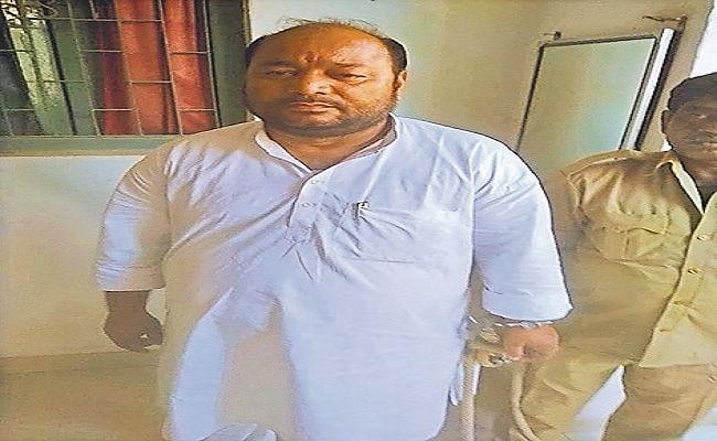 बिहार पंचायत चुनाव के पहले खगड़िया में पूर्व जिला परिषद सदस्य गिरफ्तार, ठगी के मामले में भेजा गया जेल